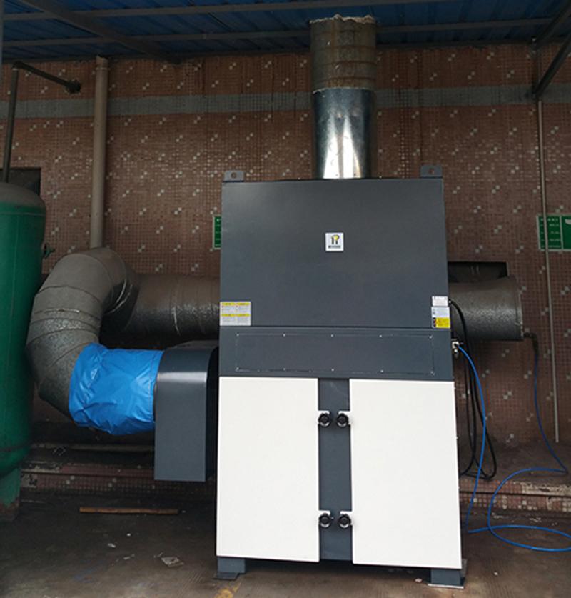 DF-150使用于喷砂房除尘作业