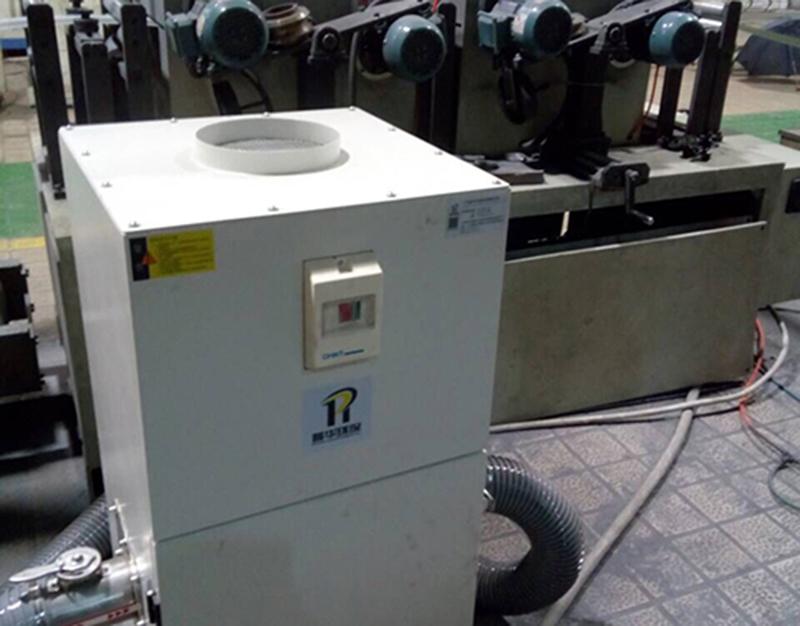 DJ系列使用于某塑料管加工吸尘